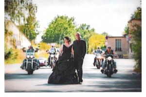 Kunden Feedback mit Schwarzen Brautkleid