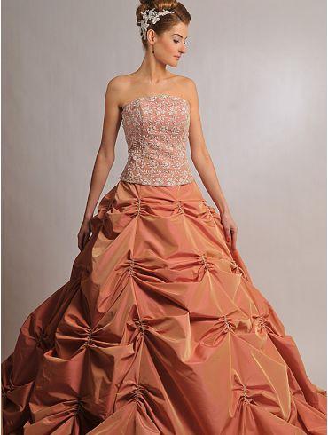 Farbiges Brautkleid Modell Fianna