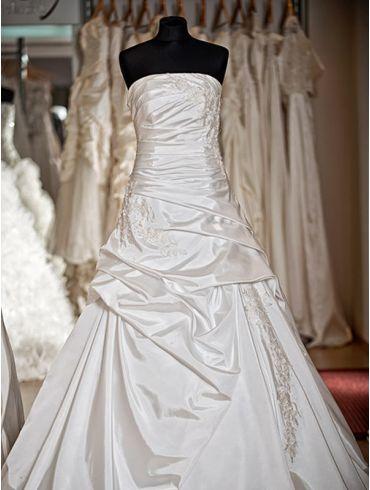 Brautkleider Creme Taft A-Linie Modell Merelda