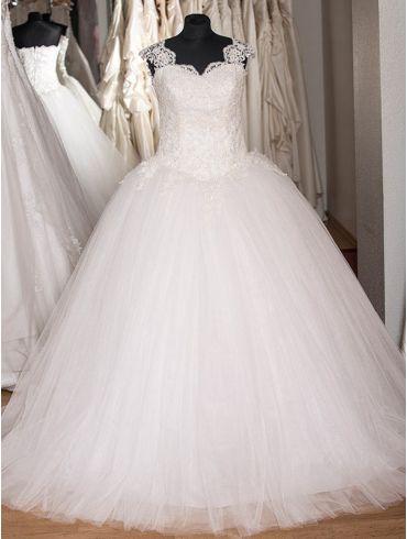 Brautkleid  Modell Valerie – PrinzessIn Style mit Tüll und Spitze